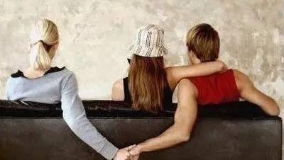 爱情出轨_爱情变成亲情容易出轨_爱情出轨