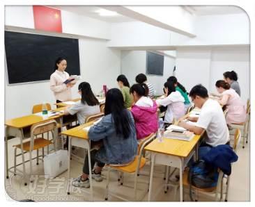 东莞的课外训练无处不在。无